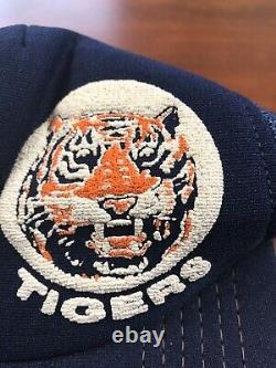 Vintage Made USA Detroit Tigers MLB Old English D Mesh Trucker Snapback Hat Cap