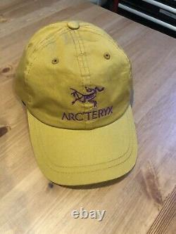 Arcteryx X Palace Limited Trucker Hat Gold Cap Snapback Réglable
