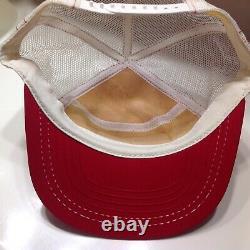 Chaussures D'aile Rouges Vintage Chapeau De Camionneur Chapeau De Bonnet Snapback Fabriqué À La Maille USA