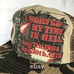Vintage 70s Vietnam Camo Je Fait Mon Temps En Enfer Mesh Trucker Hat USA Fabriqué