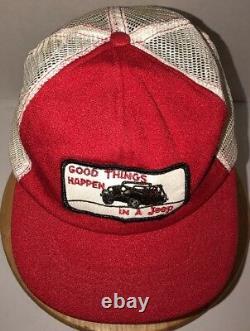 Vtg Bonnes Choses Se Produisent Dans Une Jeep 70s 80s USA Red White Trucker Hat Cap Snapback