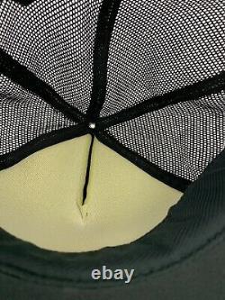 Vtg Camionneur 3 Stripes Playboy Mesh Cap Noir Noir Snapback Mousse Blanche